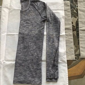 Lululemon Long Sleeve Swiftly